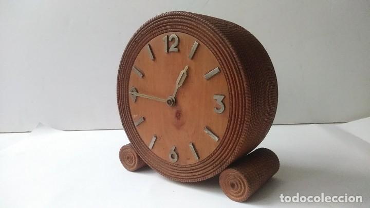 Relojes de carga manual: reloj madera sobremesa - Foto 3 - 170491972