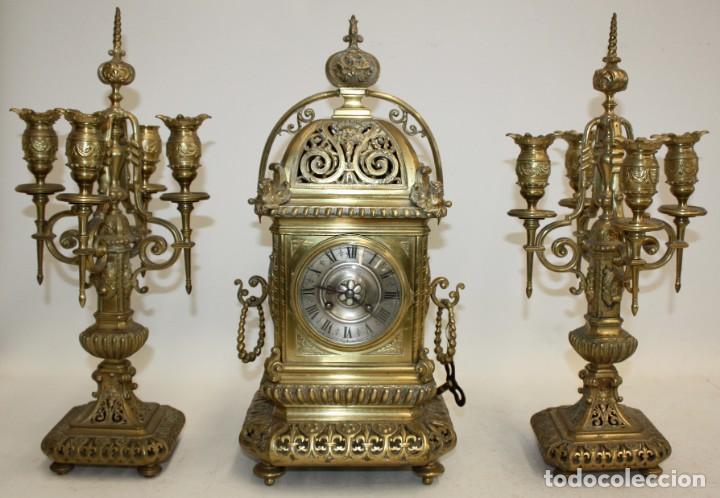 RELOJ DE SOBREMESA DEL SIGLO XIX EN BRONCE (Relojes - Sobremesa Carga Manual)