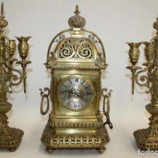 Relojes de carga manual: RELOJ DE SOBREMESA DEL SIGLO XIX EN BRONCE. Lote 171013780