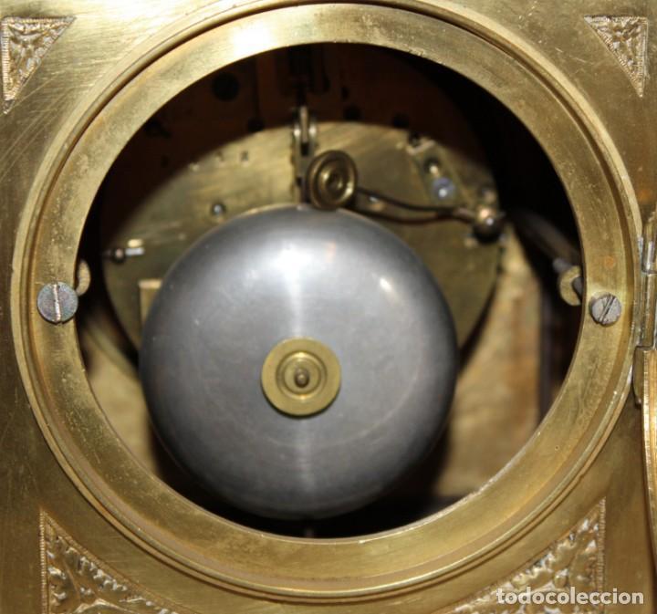 Relojes de carga manual: RELOJ DE SOBREMESA DEL SIGLO XIX EN BRONCE - Foto 10 - 171013780