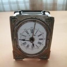 Relojes de carga manual: RELOJ DESPERTADOR SOBREMESA RECTANGULAR DE METAL FRANCIA SIGLO XIX. FUNCIONA.. Lote 171083124