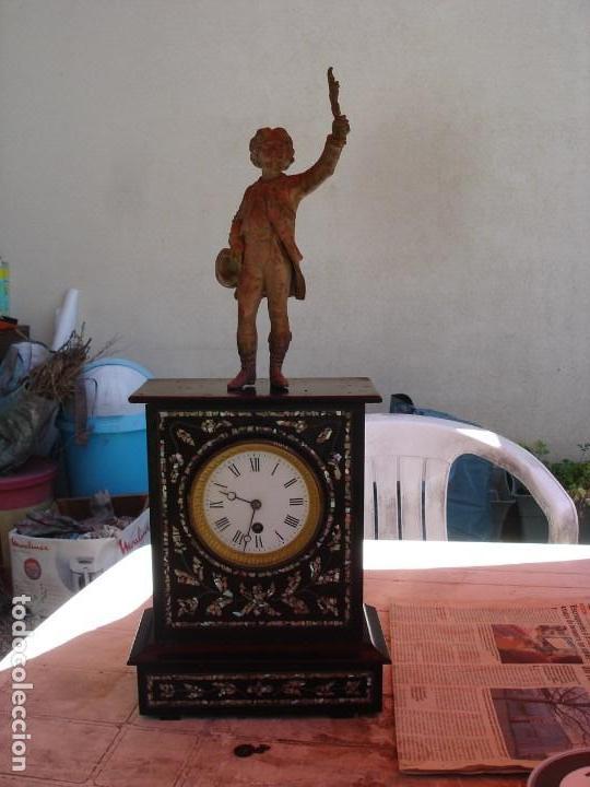 PRECIOSO RELOJ EPOCA NAPOLEON III VER FOTOS YN DESCRIPCION (Relojes - Sobremesa Carga Manual)