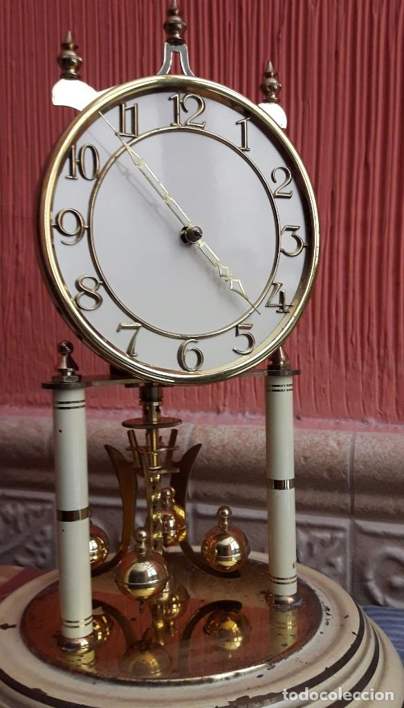 RELOJ ALEMAN DE BOLAS. KUNDO KIENINGER OBERGTELL DE TORSIÓN. (Relojes - Sobremesa Carga Manual)