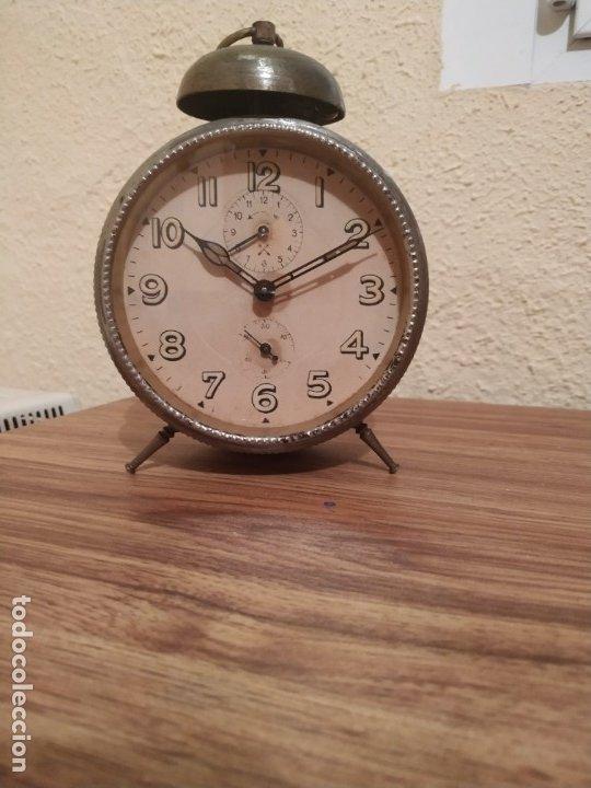 Relojes de carga manual: Reloj despertador - Foto 2 - 172374899