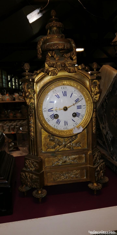 ESPECTACULAR RELOJ FRANCÉS CHARLES X BRONCE SIGLO XIX (Relojes - Sobremesa Carga Manual)