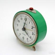 Relojes de carga manual: RELOJ DESPERTADOR VINTAGE DE SOBREMESA. ROSTOV 4 RUBIS, MADE IN USSR. CARGA MANUAL. Lote 173643264