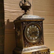Relojes de carga manual: ANTIGUO RELOJ FRANCÉS CARLOS X BRONCE SIGLO XIX. Lote 173863988