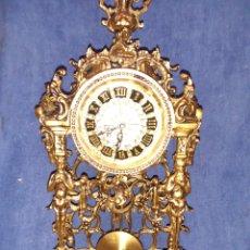Relojes de carga manual: RELOJ DE BRONCE CON UN GRAN TRABAJO DE ELABORACIÓN CONFIRMA DE ELABORACIÓN GRABADA. Lote 174340887