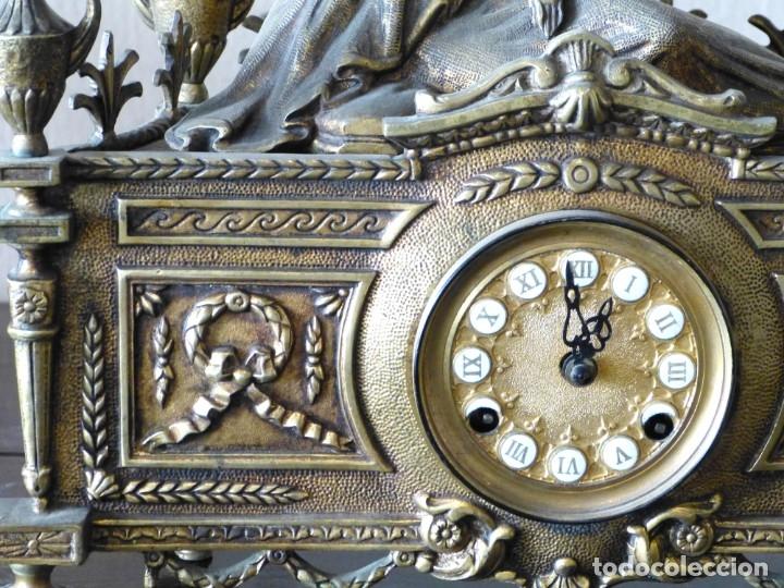 Relojes de carga manual: Reloj de bronce estilo francés del Siglo XIX - Foto 5 - 174379072