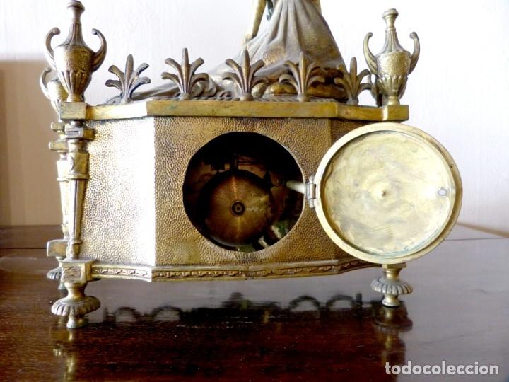 Relojes de carga manual: Reloj de bronce estilo francés del Siglo XIX - Foto 7 - 174379072