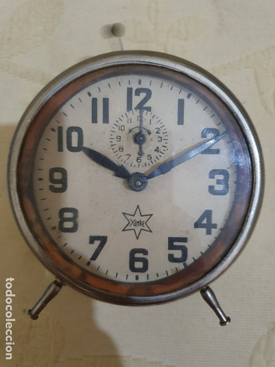 RELOJ YUNKE DESPERTADOR VER FOTOS (Relojes - Sobremesa Carga Manual)
