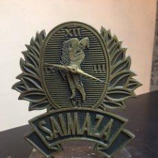 Relojes de carga manual: RELOJ DE COLECCION SAIMAZA CON PIE DE MAROL 25X18CM. Lote 176239735