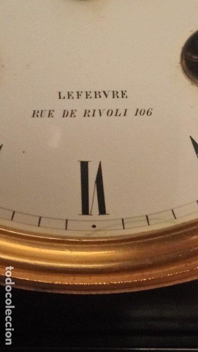 Relojes de carga manual: Reloj de mármol con figura de bronce antiguo - Foto 2 - 177331239