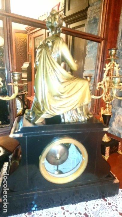Relojes de carga manual: Reloj de mármol con figura de bronce antiguo - Foto 5 - 177331239