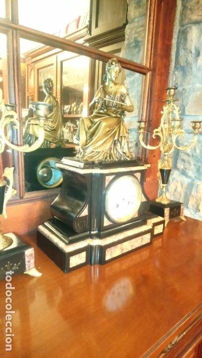 Relojes de carga manual: Reloj de mármol con figura de bronce antiguo - Foto 12 - 177331239