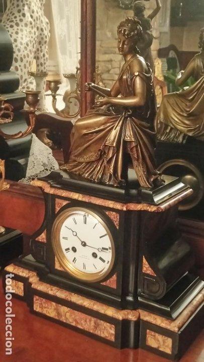 Relojes de carga manual: Reloj de mármol con figura de bronce antiguo - Foto 14 - 177331239