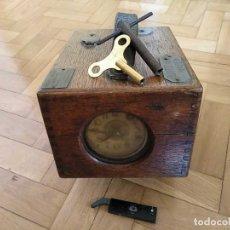 Relojes de carga manual: ANTIGUO RELOJ BENZING CONTROLADOR TIEMPO PALOMAS MENSAJERAS AÑOS 20 COLOMBOFILIA FUNCIONA - CLOCK. Lote 178039978