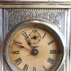 Relojes de carga manual: MUY ANTIGUO RELOJ DE VIAJE O CARRUAJE EN PLATA CON SONERÍA Y MELODÍA MUSICAL. S.XIX. Lote 178600286