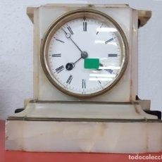 Relojes de carga manual: RELOJ SOBREMESA - PIEDRA - MÁRMOL ROSA. Lote 179035790