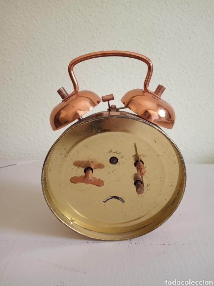 Relojes de carga manual: Antiguo reloj despertador , carga manual. - Foto 2 - 180119863