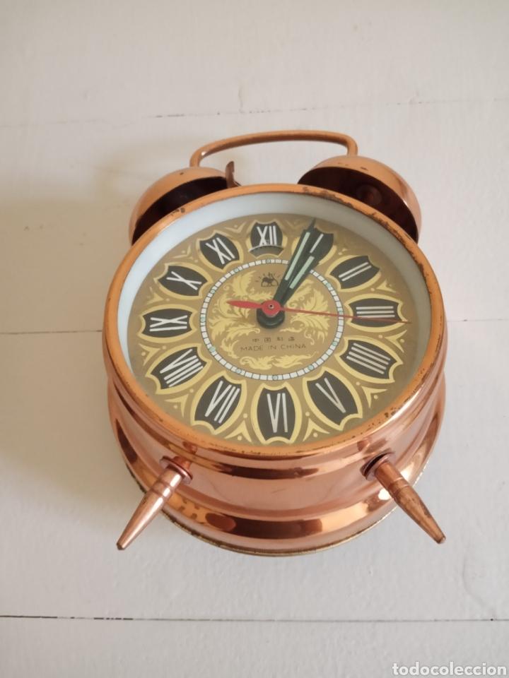 Relojes de carga manual: Antiguo reloj despertador , carga manual. - Foto 3 - 180119863