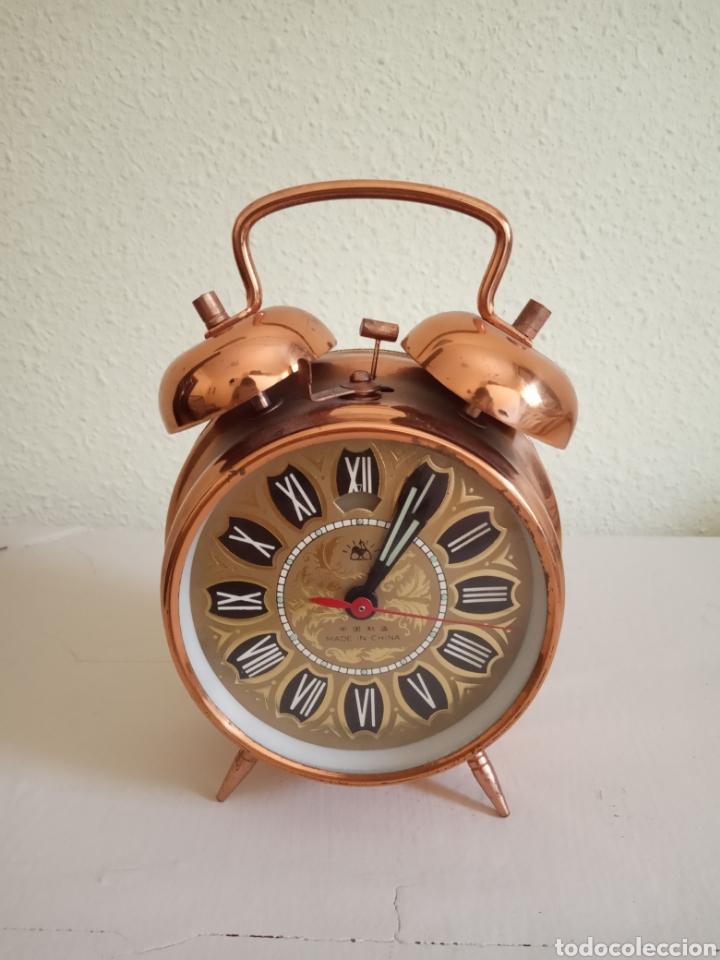 ANTIGUO RELOJ DESPERTADOR , CARGA MANUAL. (Relojes - Sobremesa Carga Manual)