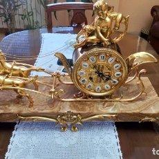 Relojes de carga manual: RELOJ CARROZA TIRADA POR CABALLOS CON BASE MARMOL. Lote 181522461