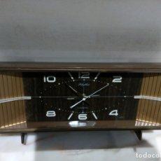 Relojes de carga manual: RELOJ DE SOBREMESA RHYTHM A CUERDA. Lote 183277460