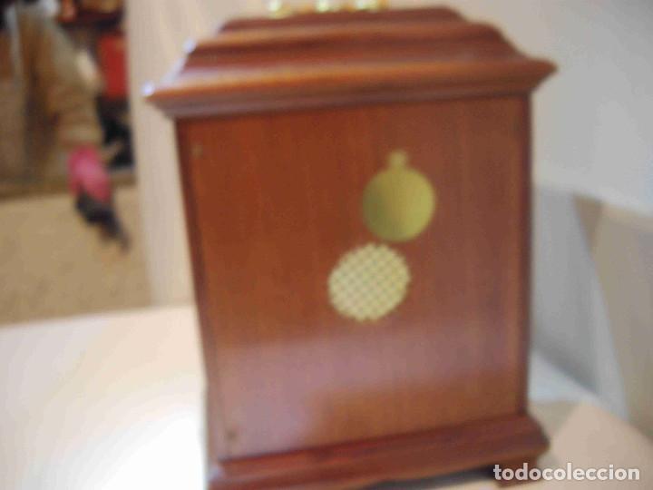 Relojes de carga manual: RELOJ MESA URNA MADERA - Foto 11 - 184380896