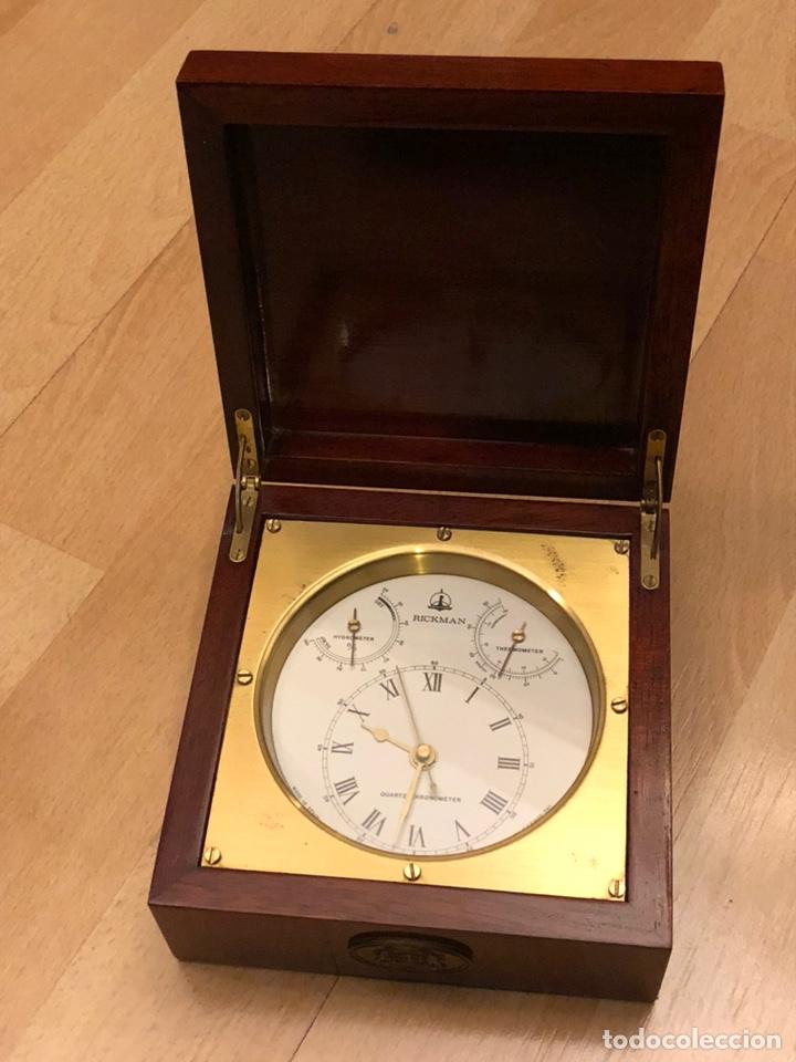 Relojes de carga manual: RICKMAN RELOJ TERMÓMETRO HIGRÓMETRO. MADE IN SPAIN. BIEN CONSERVADO. PRECIOSA CAJA MADERA Y LATÓN - Foto 2 - 184807103