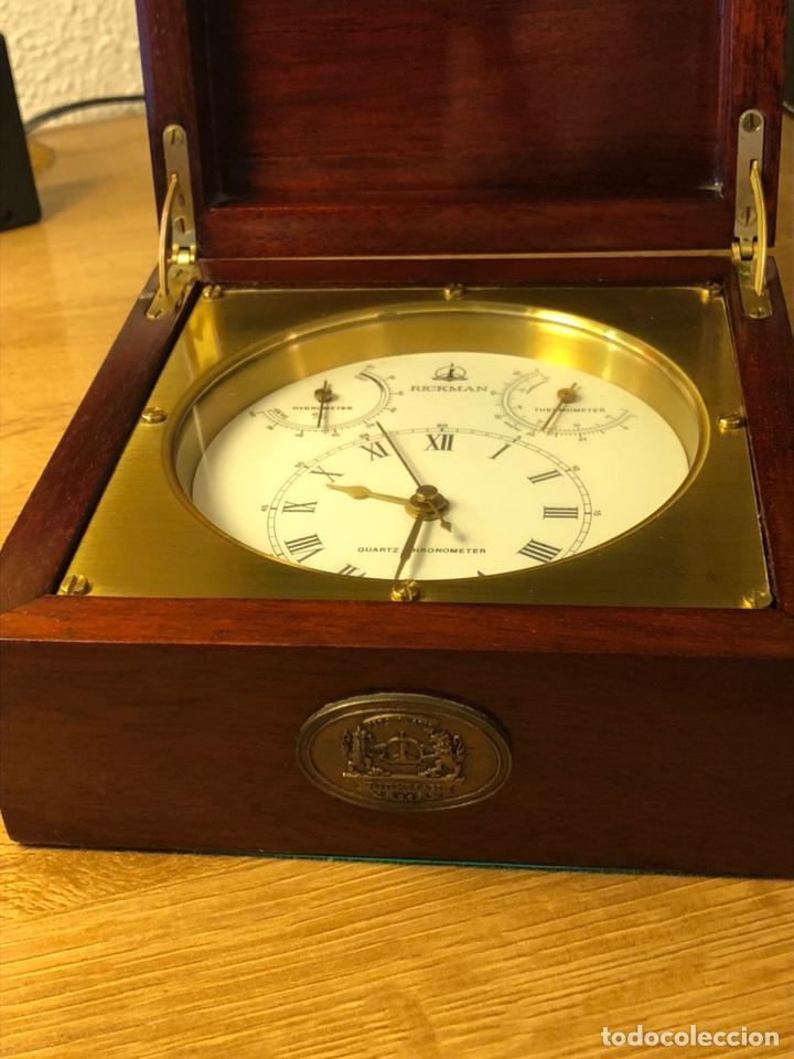 RICKMAN RELOJ TERMÓMETRO HIGRÓMETRO. MADE IN SPAIN. BIEN CONSERVADO. PRECIOSA CAJA MADERA Y LATÓN (Relojes - Sobremesa Carga Manual)