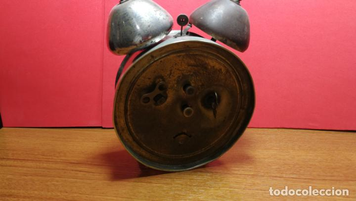 Relojes de carga manual: Reloj despertador de la guerra civil española, marca EL AGUILA, años 30 - Foto 21 - 184818558
