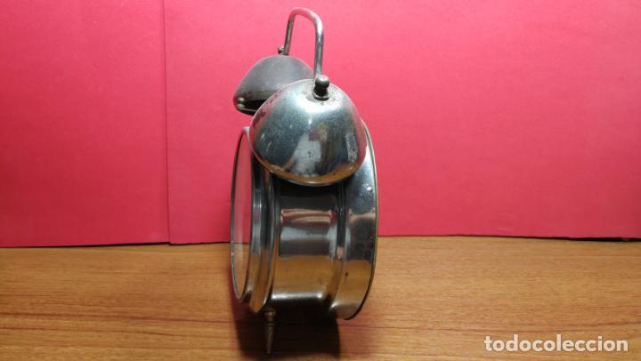 Relojes de carga manual: Reloj despertador de la guerra civil española, marca EL AGUILA, años 30 - Foto 25 - 184818558