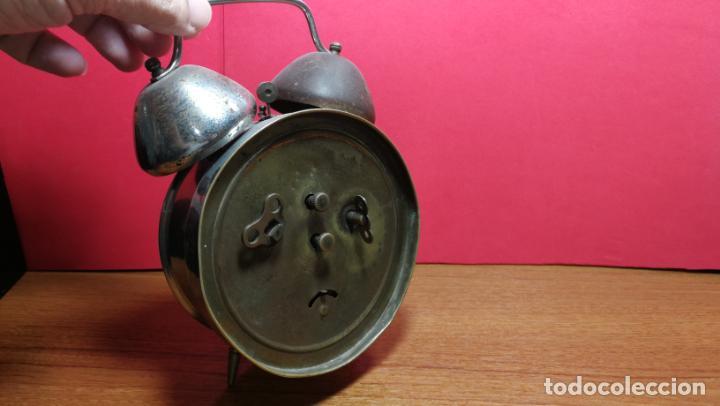 Relojes de carga manual: Reloj despertador de la guerra civil española, marca EL AGUILA, años 30 - Foto 27 - 184818558
