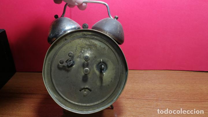 Relojes de carga manual: Reloj despertador de la guerra civil española, marca EL AGUILA, años 30 - Foto 28 - 184818558