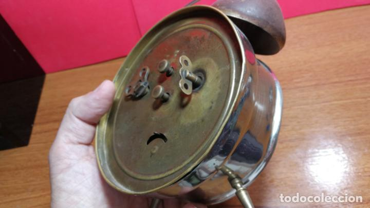 Relojes de carga manual: Reloj despertador de la guerra civil española, marca EL AGUILA, años 30 - Foto 31 - 184818558