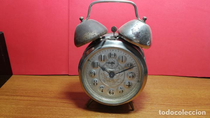 Relojes de carga manual: Reloj despertador de la guerra civil española, marca EL AGUILA, años 30 - Foto 34 - 184818558