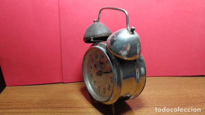 Relojes de carga manual: Reloj despertador de la guerra civil española, marca EL AGUILA, años 30 - Foto 35 - 184818558