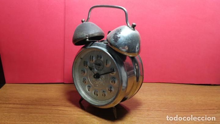 Relojes de carga manual: Reloj despertador de la guerra civil española, marca EL AGUILA, años 30 - Foto 36 - 184818558