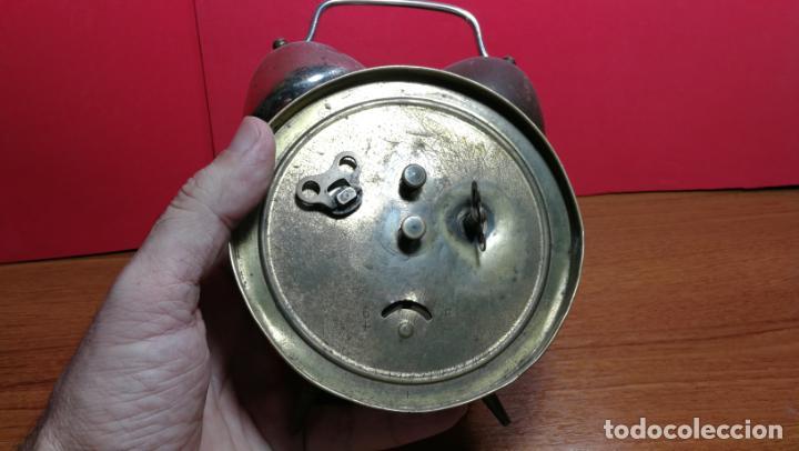 Relojes de carga manual: Reloj despertador de la guerra civil española, marca EL AGUILA, años 30 - Foto 38 - 184818558