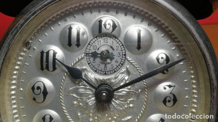 Relojes de carga manual: Reloj despertador de la guerra civil española, marca EL AGUILA, años 30 - Foto 45 - 184818558