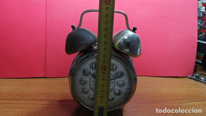 Relojes de carga manual: Reloj despertador de la guerra civil española, marca EL AGUILA, años 30 - Foto 57 - 184818558