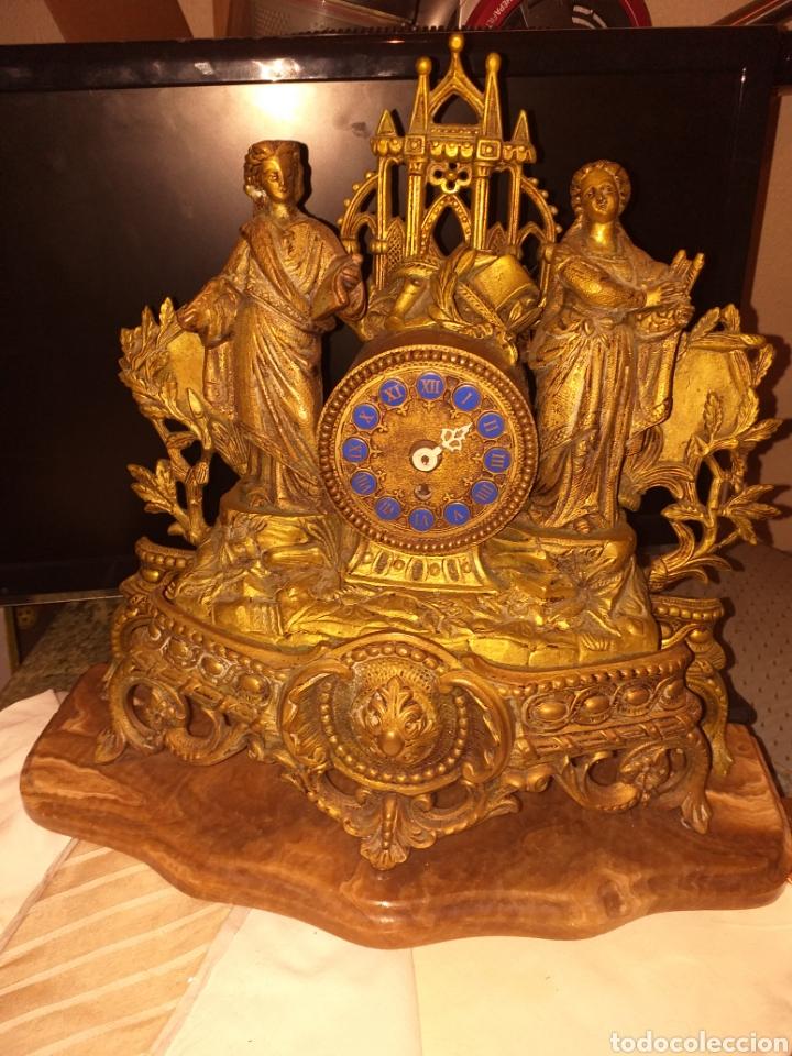 Relojes de carga manual: Reloj de bronce pegada en mármol - Foto 3 - 186189853