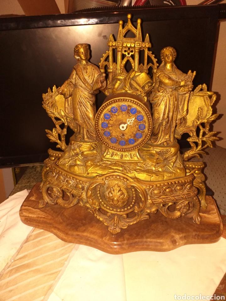 Relojes de carga manual: Reloj de bronce pegada en mármol - Foto 4 - 186189853