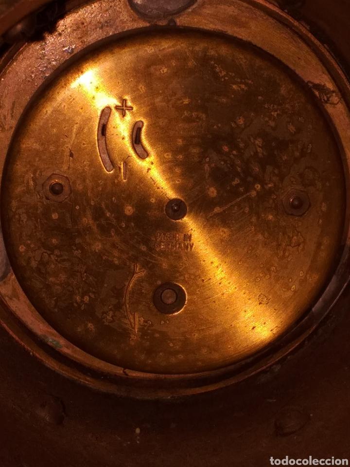 Relojes de carga manual: Reloj de bronce pegada en mármol - Foto 6 - 186189853