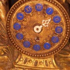Relojes de carga manual: RELOJ DE BRONCE PEGADA EN MÁRMOL. Lote 186189853