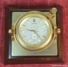 Relojes de carga manual: RELOJ CRONÓMETRO MARINO. LONGINES. BRONCE CON BASE DE CAOBA. SIGLO XX.. Lote 188555331