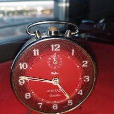 Relojes de carga manual: RELOJ ANTIGUO SOBREMESA HURTADO (GUADIX). Lote 189720630