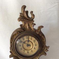 Relojes de carga manual: RELOJ FRANCÉS ÉPOCA MODERNISTA EN CALAMINA DORADO. Lote 190283868