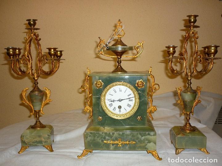 RELOJ ONIX CON CANDELABROS (Relojes - Sobremesa Carga Manual)
